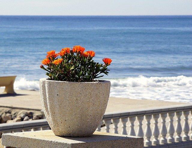 dekorativní květináč