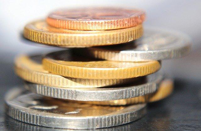 sloupeček mincí, detail